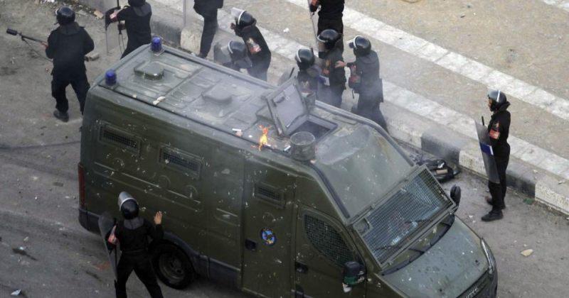 """ეგვიპტის ხელისუფლება """"გადამწყვეტი ზომების"""" მიღებით იმუქრება"""