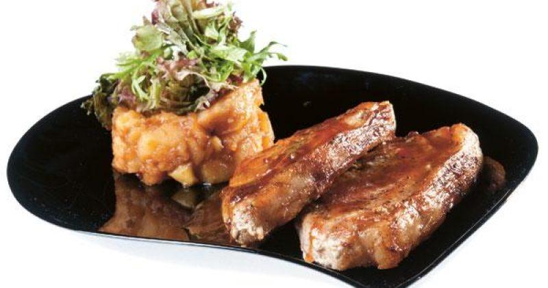 ღორის ხორცის მედალიონები კომშის პიურეთი