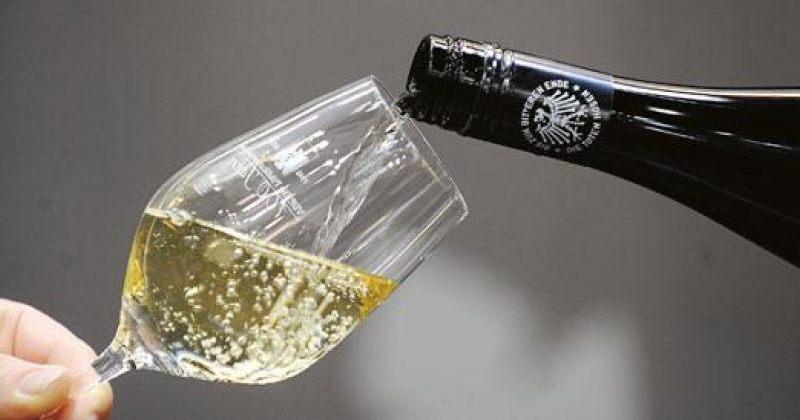 როგორ  დავაგემოვნოთ  ღვინო