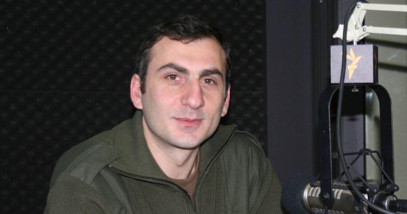 ელისაშვილი: ქართული ოცნება გამორთულ კამერებთან ჩემზე მეტად ლანძღავს ნარმანიას