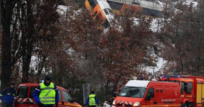 საფრანგეთში კლდიდან ლოდის მატარებელზე დაცემის შედეგად 2 ადამიანი დაიღუპა