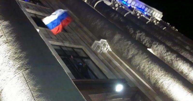 სეპარატისტებმა ხარკოვში ადმინისტრაციის შენობა აიღეს
