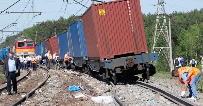 რუსეთში სამგზავრო და სატვირთო მატარებლების შეჯახებისას 5 ადამიანი დაიღუპა