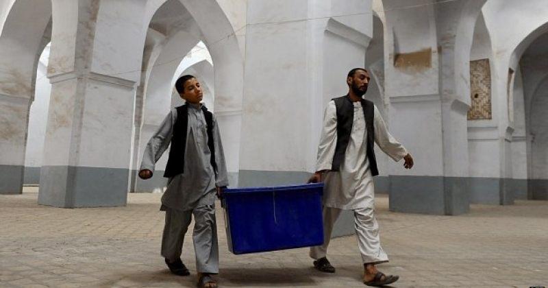 ავღანეთში საპრეზიდენტო არჩევნების მეორე ტური მიმდინარეობს