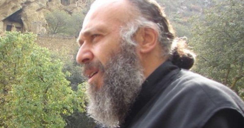 ყოფილი არქიმანდრიტი: რუმინელ მსაჯს ვუთხარი, მოგკითხავს ანთიმოზ ივერიელი-მეთქი