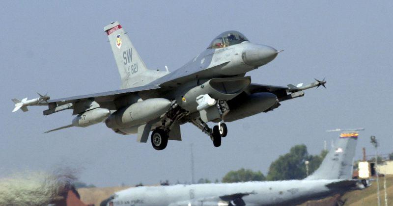 ლატვია: NATO-ს თვითმფრინავებმა რუსული გამანადგურებლები გადაიტაცეს