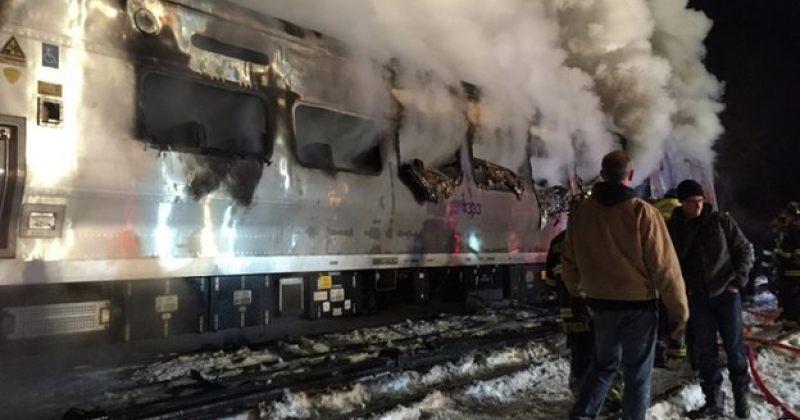 ნიუ იორკში მატარებლის ავტომანქანასთან შეჯახებისას სულ მცირე 7 ადამიანი დაიღუპა