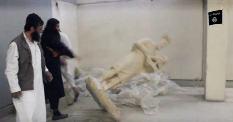 ISIS-ის ტერორისტებმა მოსულის მუზეუმში უძველესი არტეფაქტები გაანადგურეს
