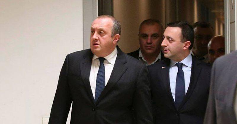 ტიტანები, ორი ბატონი, დირექტორი და კონსტიტუცია საჩუქრად: კოაბიტაციის ქართული თავისებურებები