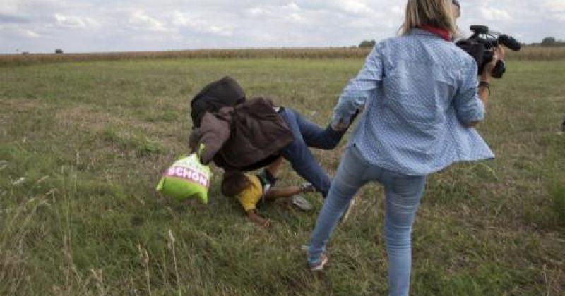 მიგრანტებზე ძალადობისთვის უნგრელი ტელეოპერატორი სამსახურიდან გაათავისუფლეს