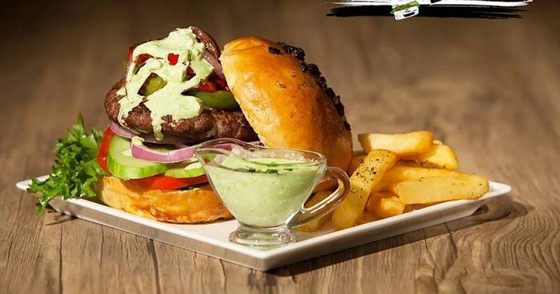 გამოიძახეთ მექსიკური ბურგერი  - შემოიხედე  foodpanda.ge-ზე!