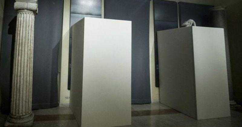 რომში, მუზეუმში ირანის პრეზიდენტის ვიზიტის გამო შიშველი ქანდაკებები დაფარეს