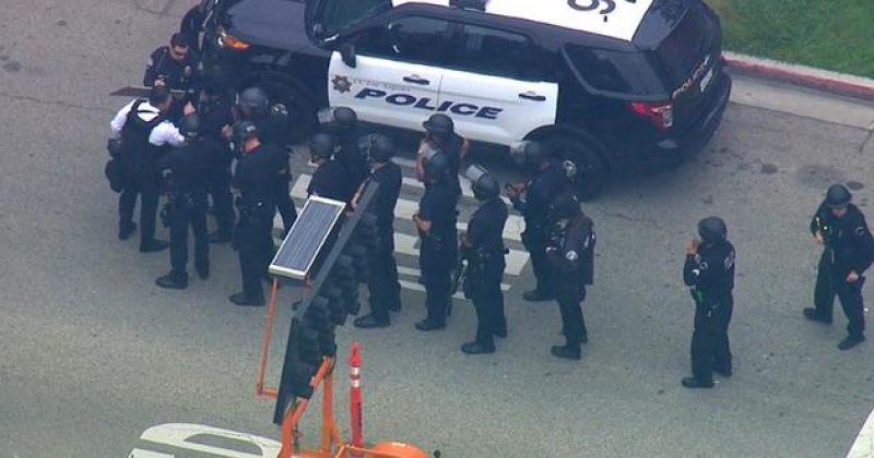კალიფორნიის უნივერსიტეტში სროლის შედეგად 2 ადამიანი დაიღუპა