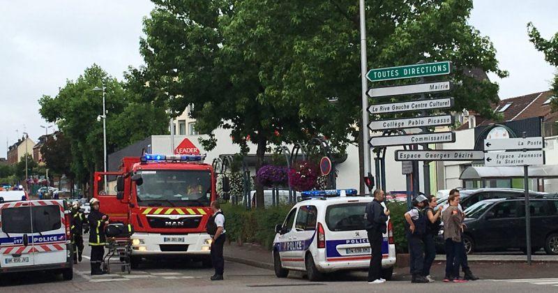 საფრანგეთში, ეკლესიაში მძევლები აიყვანეს, ორივე თავდამსხმელი ლიკვიდირებულია