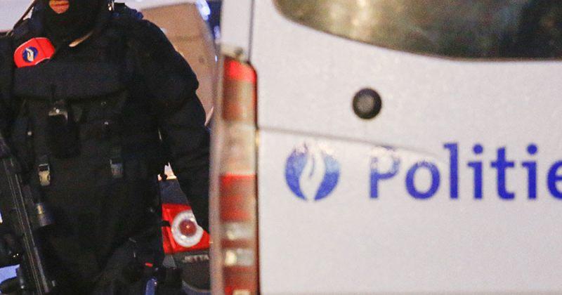 ბრიუსელში დანით შეიარაღებული მამაკაცი დააკავეს, რომელსაც მძევლები ჰყავდა აყვანილი