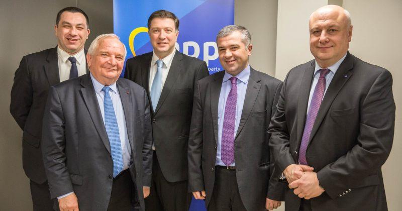 ევროპული საქართველოს დეპუტატები EPP-ს პრეზიდენტს შეხვდნენ