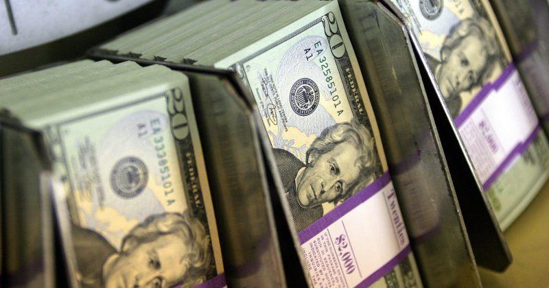 გასულ წელს ტურიზმიდან მიღებული შემოსავალი 2.7 მილიარდი დოლარით შემცირდა