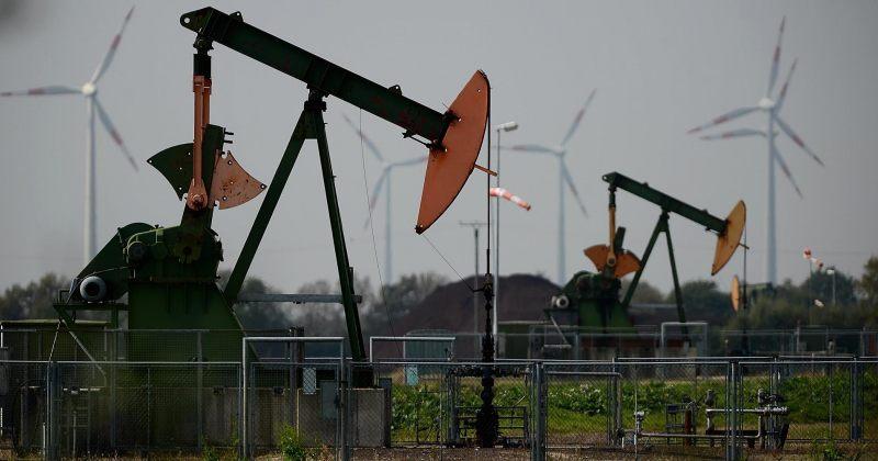 აშშ და კანადა რუსეთისა და საუდის არაბეთის ნავთობზე ტარიფების დადებას განიხილავენ