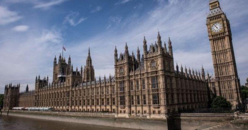 დიდი ბრიტანეთის პარლამენტმა ბრექსითის შესახებ კანონს მხარი დაუჭირა