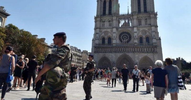პარიზში საგანგებო მდგომარეობის რეჟიმი ამოქმედდა