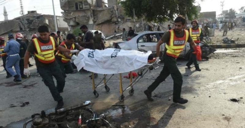 პაკისტანში აფეთქებას სულ მცირე 16 ადამიანი ემსხვერპლა, მათი უმეტესობა პოლიციელია