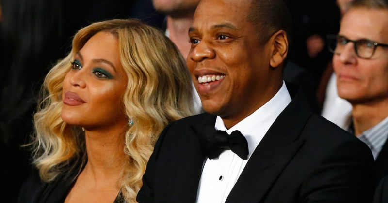 Jay-z-მ ბიონსეს დაბადების დღის სიმღერა კონცერტზე შეკრებილ ხალხთან ერთად უმღერა