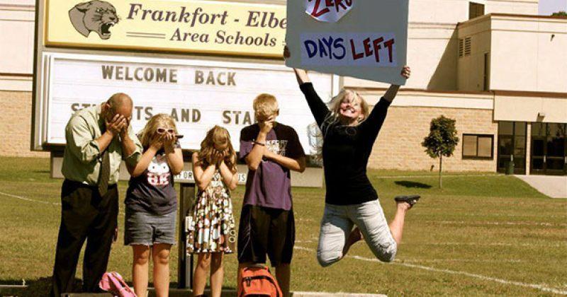 მშობლების ფოტოები, როდესაც საზაფხულო არდადეგების შემდეგ სკოლა იწყება