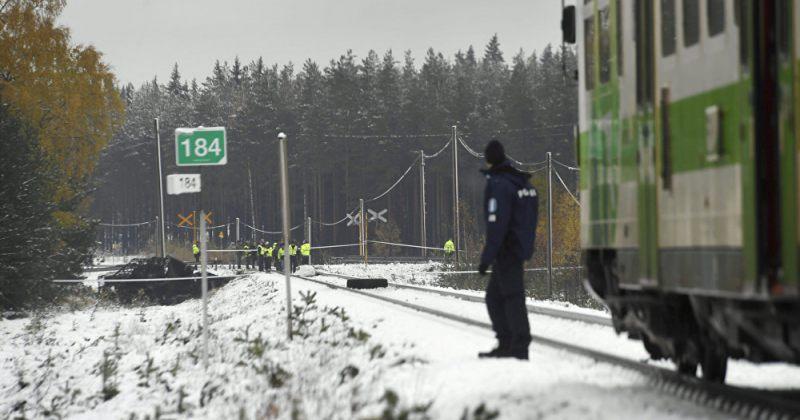 ფინეთში სამხედრო ტრანსპორტის და მატარებლის შეჯახებისას 4 ადამიანი დაიღუპა