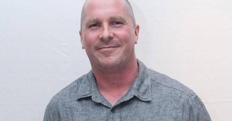 დიკ ჩეინის როლის შესასრულებლად, კრისტიან ბეილიმ თავი გადაიპარსა და წონაში მოიმატა