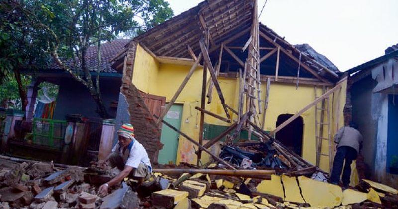 6.5 მაგნიტუდის სიმძლავრის მიწისძვრამ ინდონეზიაში 3 ადამიანის სიცოცხლე იმსხვერპლა