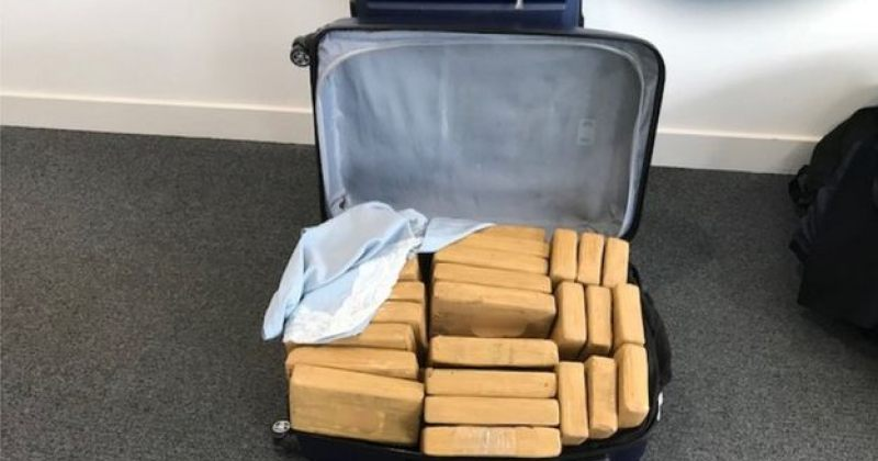 ბრიტანეთში კერძო თვითმფრინავში 500 კილო კოკაინი აღმოაჩინეს