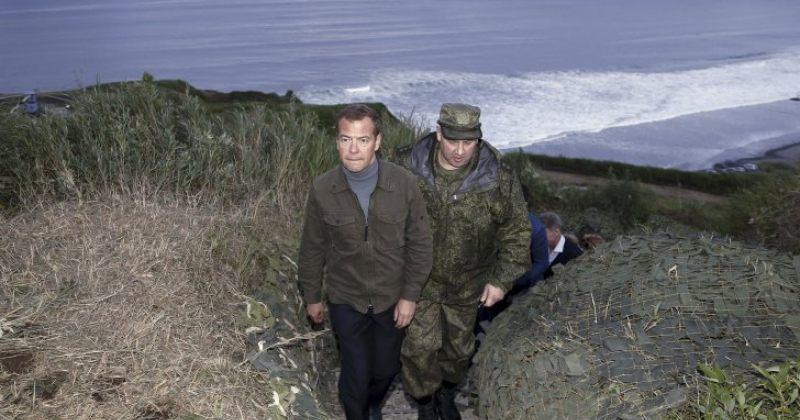 რუსეთი იაპონიასთან სადავო კუნძულზე სამხედრო თვითმფრინავებს განათავსებს