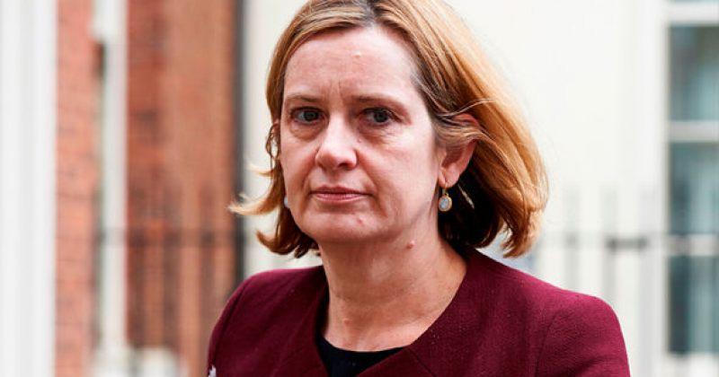 დიდი ბრიტანეთის შინაგან საქმეთა მინისტრი სკანდალის გამო გადადგა