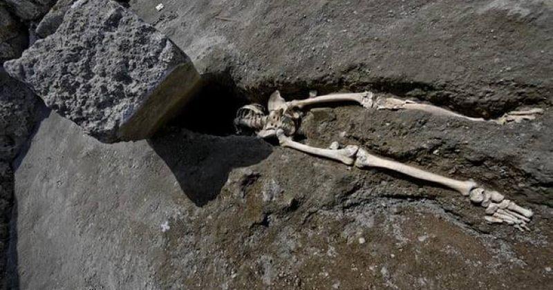 არქეოლოგებმა პომპეის ტერიტორიაზე თითქმის2000 წლის წინანდელი ჩონჩხი იპოვეს