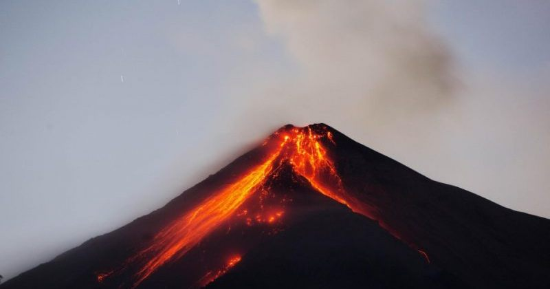 გვატემალაში ვულკანის ამოფრქვევას 25 ადამიანი ემსხვერპლა [ფოტოები]