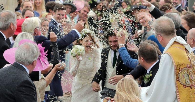 ფოტოები კიტ ჰარინგტონისა და როუზ ლესლის ქორწინების ცერემონიიდან
