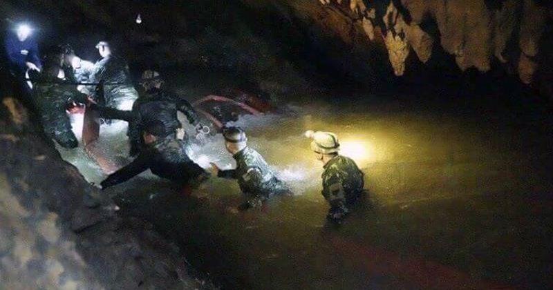მედიის ცნობით, ტაილანდის მღვიმიდან 6 ბავშვი გამოიყვანეს, ფლოტის ცნობით - 4