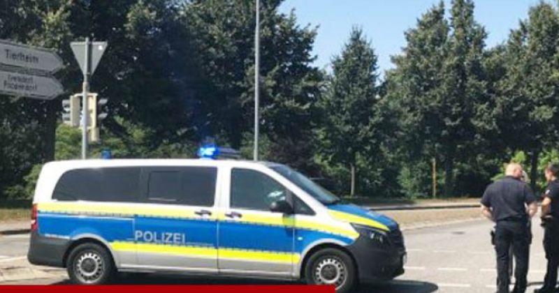 გერმანიის ქალაქლუბეკში, ავტობუსში რამდენიმე ადამიანი ცივი იარაღით დაჭრეს