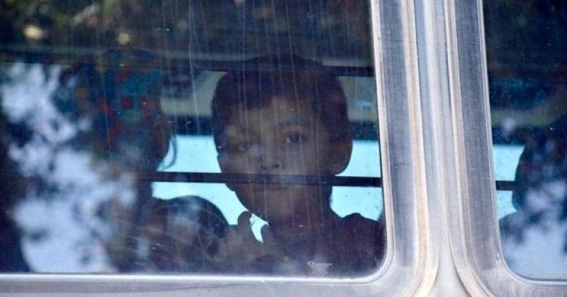 აშშ-ში მშობლებისაგან დაშორებული არალეგალი მიგრანტების შვილები ოჯახებში დააბრუნეს