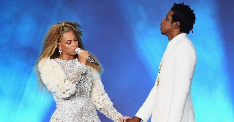 ბიონსეს და Jay-Z-ს კონცერტზე ნასვამი კაცი სცენაზე ავიდა [ვიდეო]