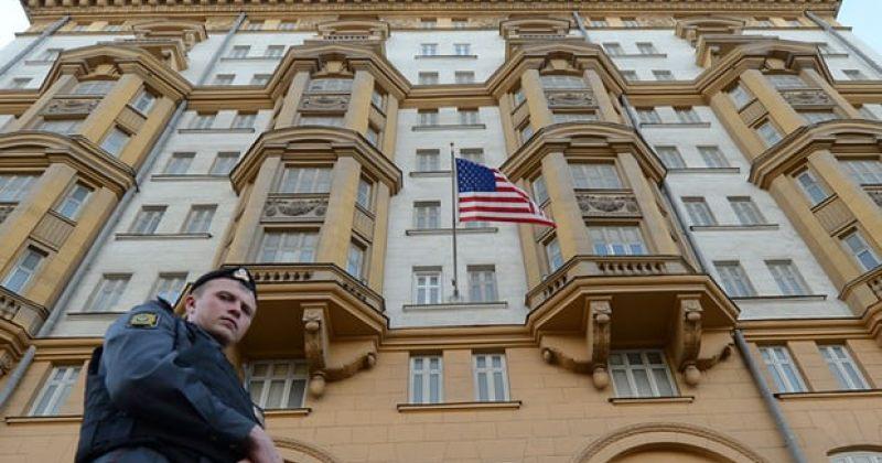 აშშ-ის სადაზვერვო სამსახურმა მოსკოვის საელჩოში რუსეთის სავარაუდო აგენტი აღმოაჩინა