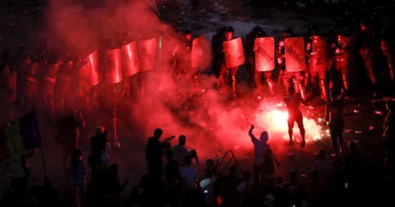 ბუქარესტში, პოლიციელებსა და აქციის მონაწილეებს შორის შეტაკებისას, 440 ადამიანი დაშავდა