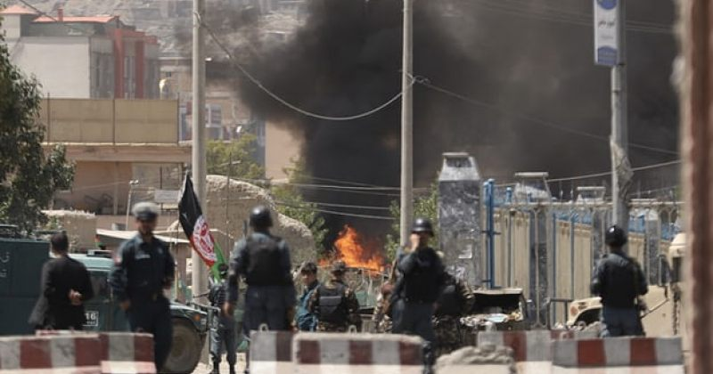 ავღანეთში პრეზიდენტის სასახლეს და აშშ-ის საელჩოს რაკეტები ესროლეს