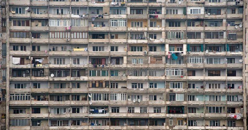 თბილისში ერთ კვადრატულ კილომეტრზე 2 198 ადამიანი ცხოვრობს