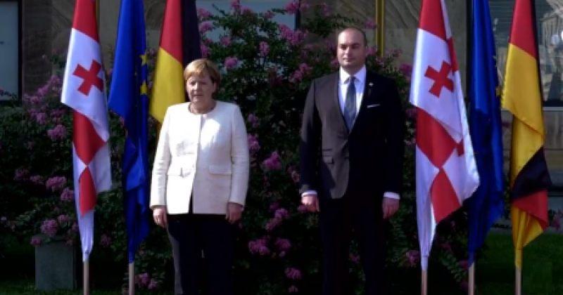 ანგელა მერკელი საქართველოშია - გერმანიის კანცლერი პრემიერს ხვდება