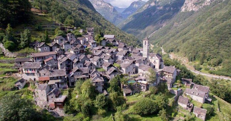 შვეიცარიის პატარა სოფელი, რომელსაც სასტუმროდ გადაქცევა სურს