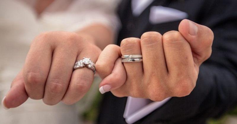 2018 წლის პირველ ნახევარში 10 373 ქორწინება და 5 075 განქორწინება დარეგისტრირდა