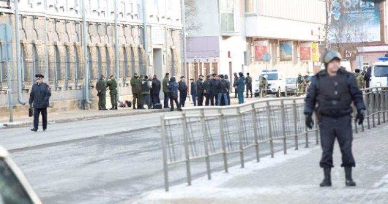 არხანგელსკის ფედერალური უსაფრთხოების სამსახურის ოფისში თინეიჯერმა თავი აიფეთქა