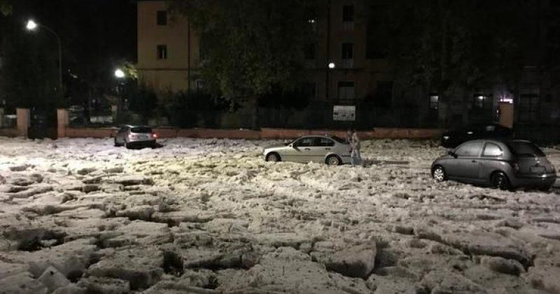 ძლიერი წვიმისა და სეტყვის გამო, რომის ქუჩებითოვლითა და ყინულით დაიფარა (VIDEO)