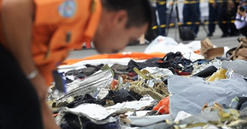 """ინდონეზიაში ჩამოვარდნილი სამგზავრო თვითმფრინავის """"შავი ყუთი"""" იპოვეს"""